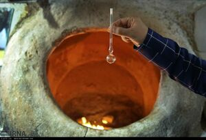 عکس/ استعمال مخدر صنعتی در نانوایی سنتی!