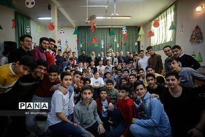 عکس/ حضور بطحایی در جشن سال نو دانشآموزان ارمنی