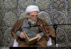 فیلم/ خصوصیات شب و روز عرفه از زبان مرحوم حاج آقا مجتبی تهرانی