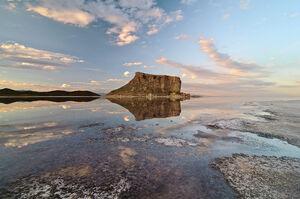 وسعت دریاچه ارومیه بیشتر شد/ تراز دریاچه ۱۲۷۰.۵۶ متر