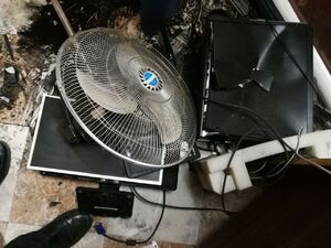 عکس/ حمله افراد ناشناس به مقر رادیو و تلویزیون غزه