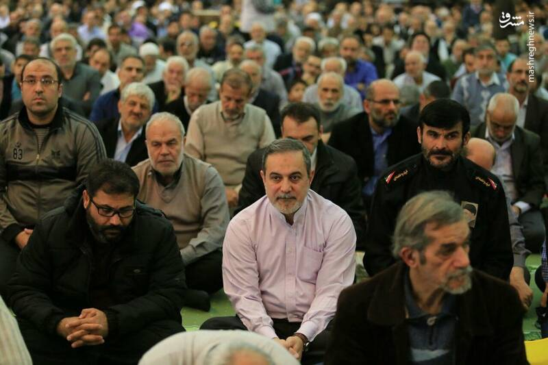 بطحایی وزیر آموزش پرورش در صف نمازگزاران