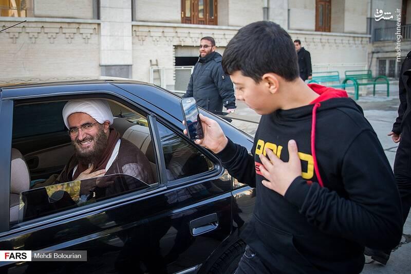 حضور جوانان و نوجوانان در نماز جمعه این هفته تهران چشمگیر بود