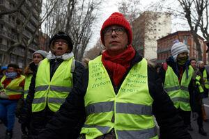 تظاهرات زنان جلیقه زرد در فرانسه
