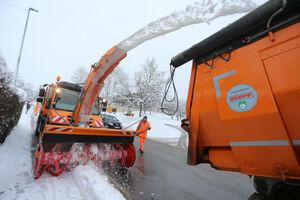 عکس/ ماشین برف روب در آلمان