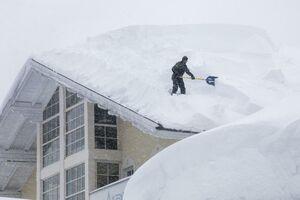 عکس/ بارش 2 متری برف در اتریش