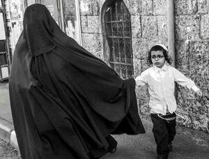 حجاب یک زن یهودی در اسرائیل +عکس