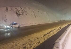 بارش برف سنگین در جاده چالوس +عکس