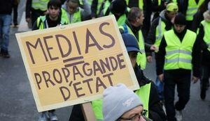 معترضان فرانسوی: رسانههای فرانسه اعتراضات را سانسور میکنند +عکس و فیلم
