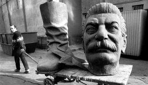 غربگرایان چگونه شوروی را نابود کردند؟