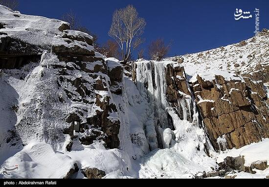 عکس/ طبیعت زمستانی آبشار گنجنامه همدان