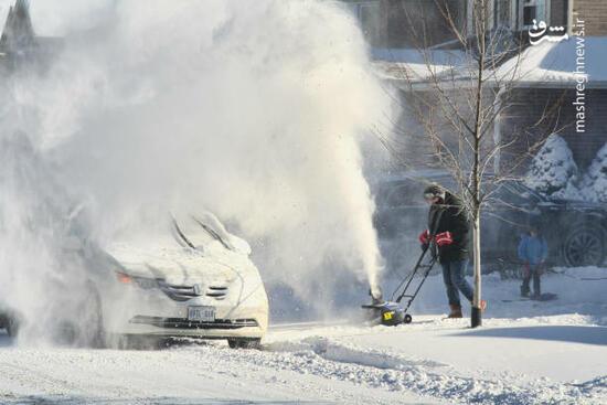 عکس/ بارش شدید برف در کانادا