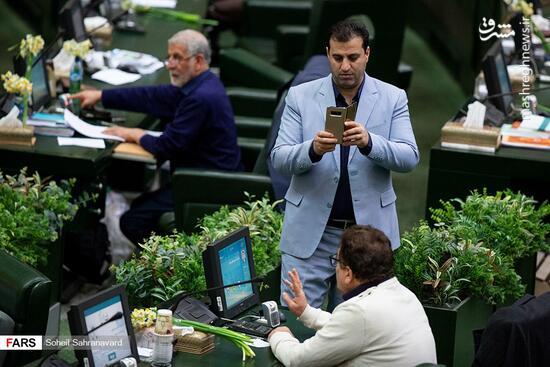 عکس/ حاشیههای جلسه علنی امروز مجلس