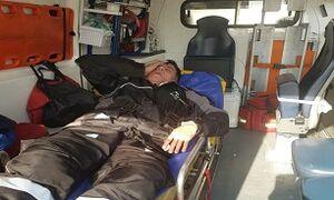 حمله به مامور اورژانس با بیل +عکس