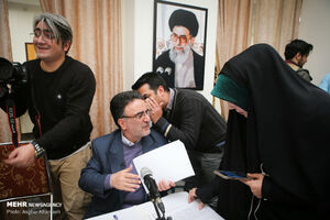 عکس/ دومین مناظره تاجزاده و زاکانی