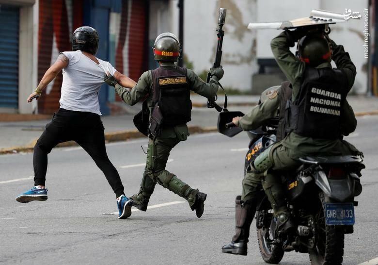 2437766 - در ونزوئلا چه خبر است؟
