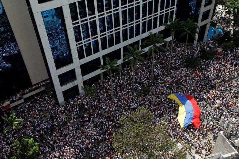 2437779 - در ونزوئلا چه خبر است؟
