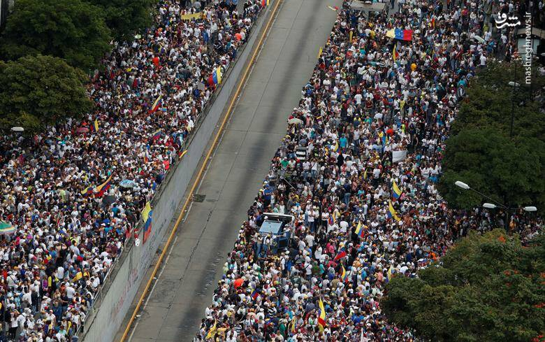 2437788 - در ونزوئلا چه خبر است؟