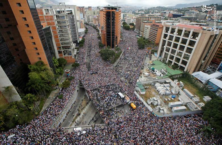 2437796 - در ونزوئلا چه خبر است؟