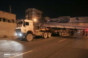 برخورد تریلر با پل هوایی اتوبان شهید میثمی