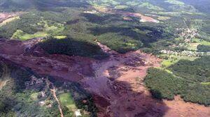 ناپدید شدن 200 نفر در حادثه شکستن سد در برزیل +عکس