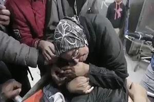 فیلم/ داع جانسوز مادر فلسطینی با فرزند شهیدش