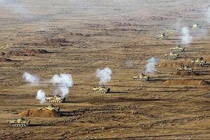 فیلم/ آتشباری راکت اندازهای ارتش در رزمایش اقتدار97