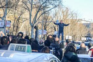 درگیری پلیس ضدشورش اسپانیا با رانندگان معترض تاکسی