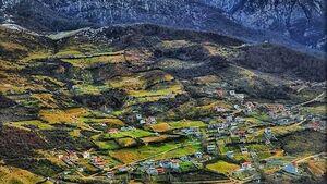 نمایی زیبا از روستای زیارت