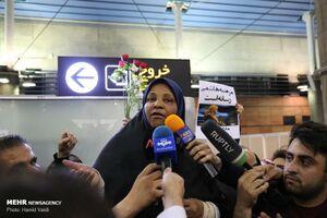 فیلم/ صحبتهای «مرضیه هاشمی» پس از بازگشت به ایران