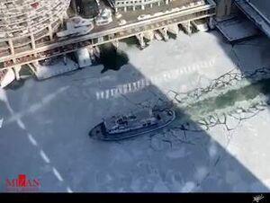 فیلم/ قایق یخ شکن در رودخانه شیکاگو