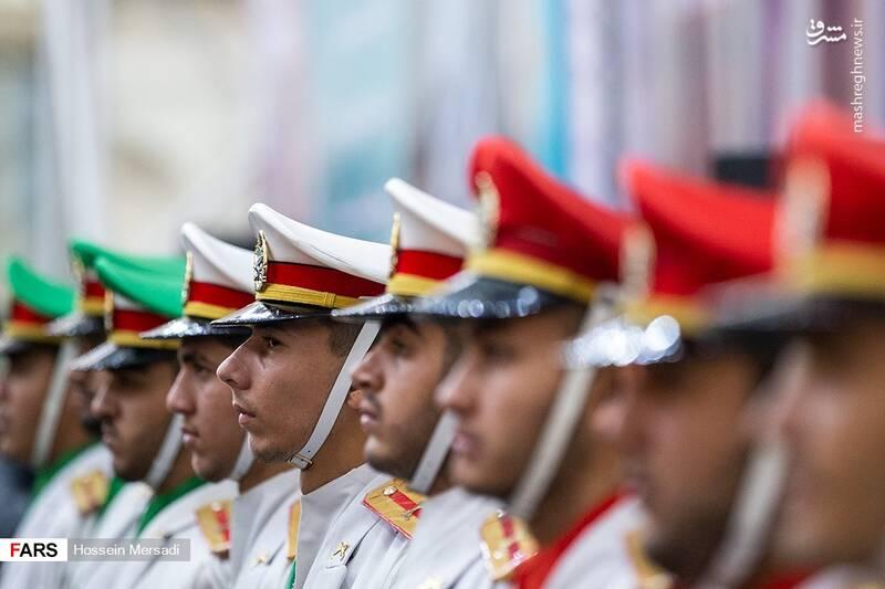2443737 - بزرگداشت چهلمین سالگرد ورود تاریخی امام خمینی (ره)