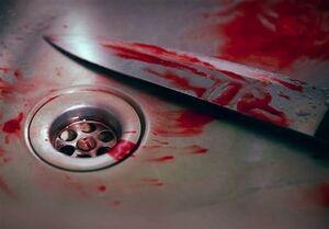پسر مَست دوستش را با چاقو کشت