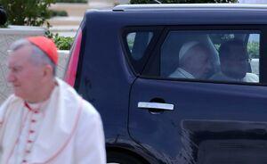 واکنش پاپ نسبت به قربانیان سیل در ایران