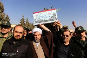 عکس/ استقبال از پیکر دو شهید دفاع مقدس در تبریز