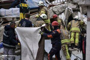 فیلم/ فروریختن مرگبار ساختمان در استانبول