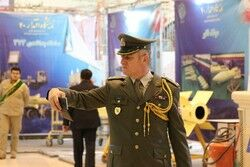 سلفی خارجی ها با دستاوردهای نظامی ایران +تصاویر
