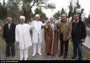 عکس/ گلباران مزار شهدای ادیان توحیدی