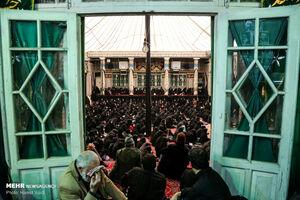 عکس/ عزاداری شهادت حضرت زهرا (س) در حسینیه سادات اخوی