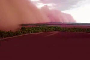 فیلم/ ایجاد مناظری عجیب پس از طوفان شن