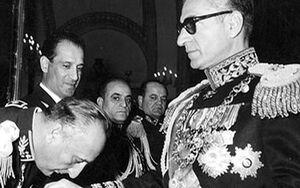 روایت تحلیلگر آمریکایی از شکست «انقلاب سفید» شاه