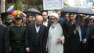 حضور قالیباف در راهپمایی 22 بهمن مردم بوشهر