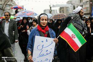 راه مقابله با شیوع فیک نیوزها از نگاه علیعلیزاده +عکس