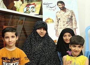 همسر شهید خطاب به آشنا: از طرف خودت حرف بزن +عکس