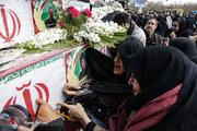 عکس/ تشییع شهدای حمله تروریستی زاهدان
