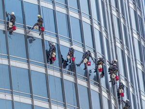امارات و عربستان شیشههایشان را چسب بزنند