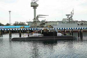 """فیلم/ لحظه الحاق""""زیردریایی فاتح""""به ارتش با فرمان روحانی"""