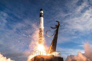 فیلم/ لحظه انفجار ماهوارهبر آمریکا