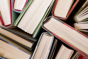 از کتابخانههای عمومی غافل نشویم