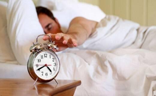 رهایی از پُرخوابی با روشهای طب سنتی/ چرا زیاد میخوابیم؟